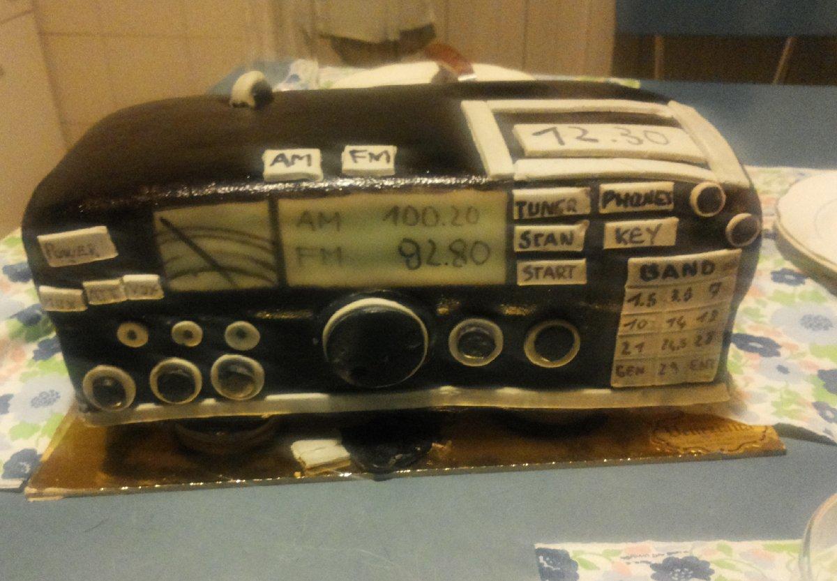 Clicca sull'immagine per ingrandirla  Nome:   Cake.jpg Visite: 205 Dimensione:   151.9 KB ID: 12299