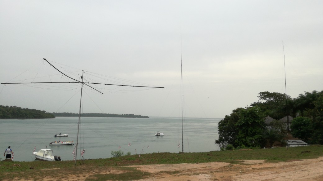 Click image for larger version  Name:antenne cw sul mare.jpg Views:187 Size:82.4 KB ID:17500